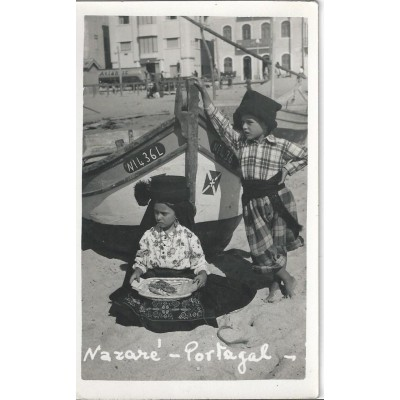Nazaré - Trajos tipicos - Carte Photo (Portugal)