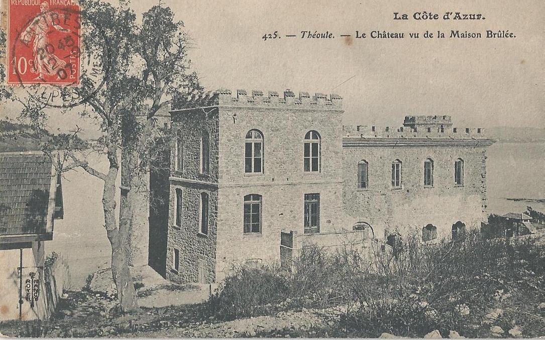 Th oule le ch teau vu de la maison br l e for Ancienne collection maison du monde