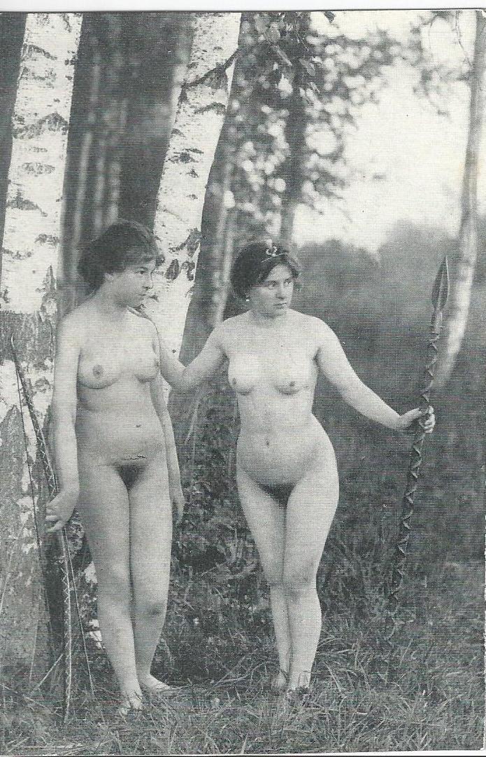 Femmes Nues Carte Postale Ancienne
